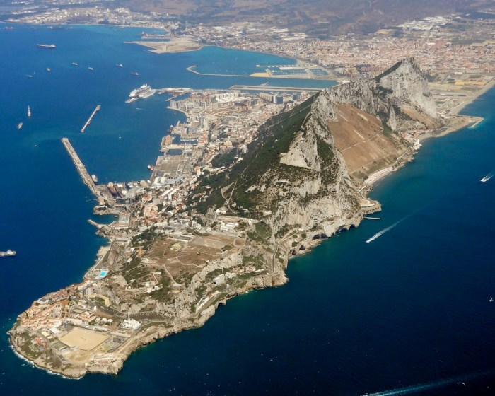 A Rock and a Hard Place – How the Nazis Planned to Grab Gibraltar (And How the British Planned to Keep It)