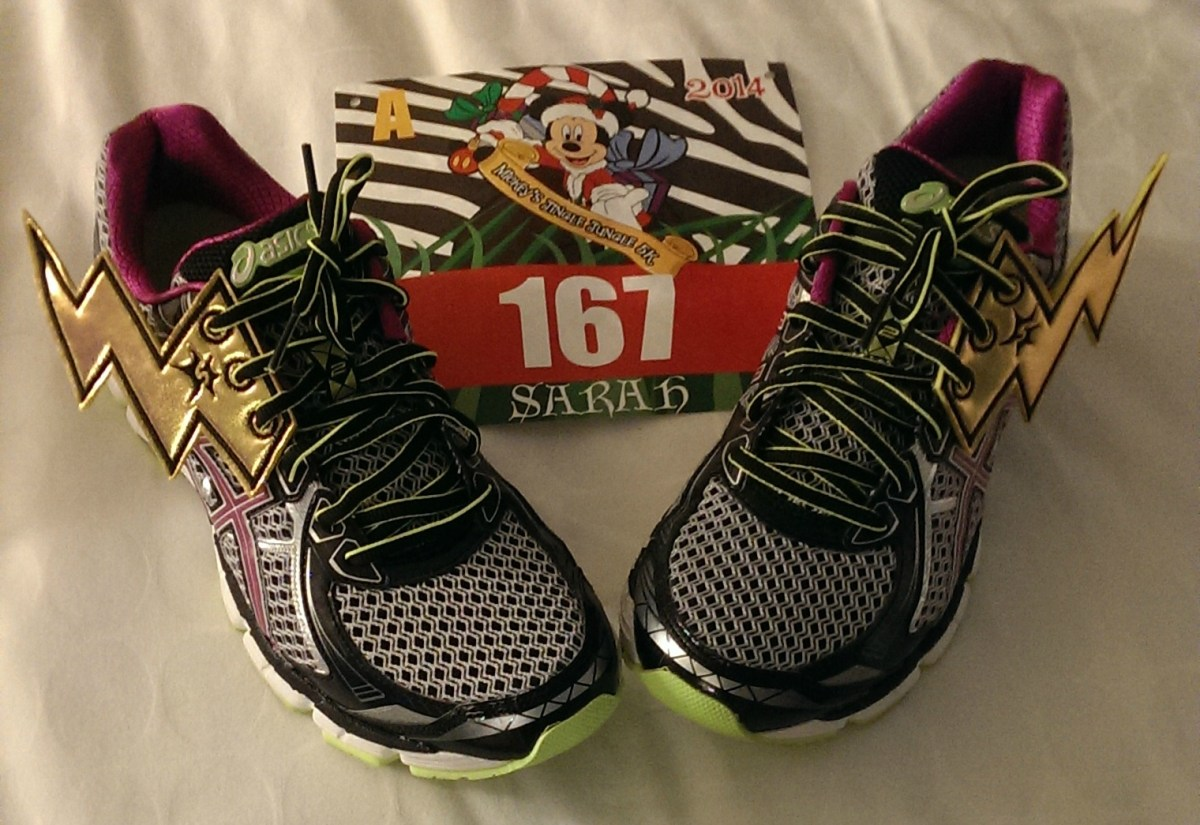 "Race Review: Mickey's Jingle Jungle 5k (11/8/2014) or: ""Get on your bikes and ride…"""