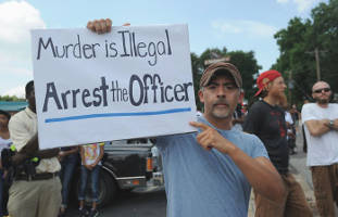 murder-is-illegal-arrest-the-officer-protestor