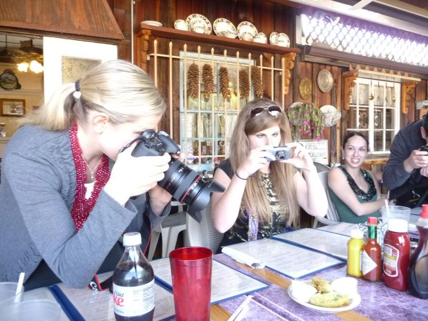 photographing the fried avocado