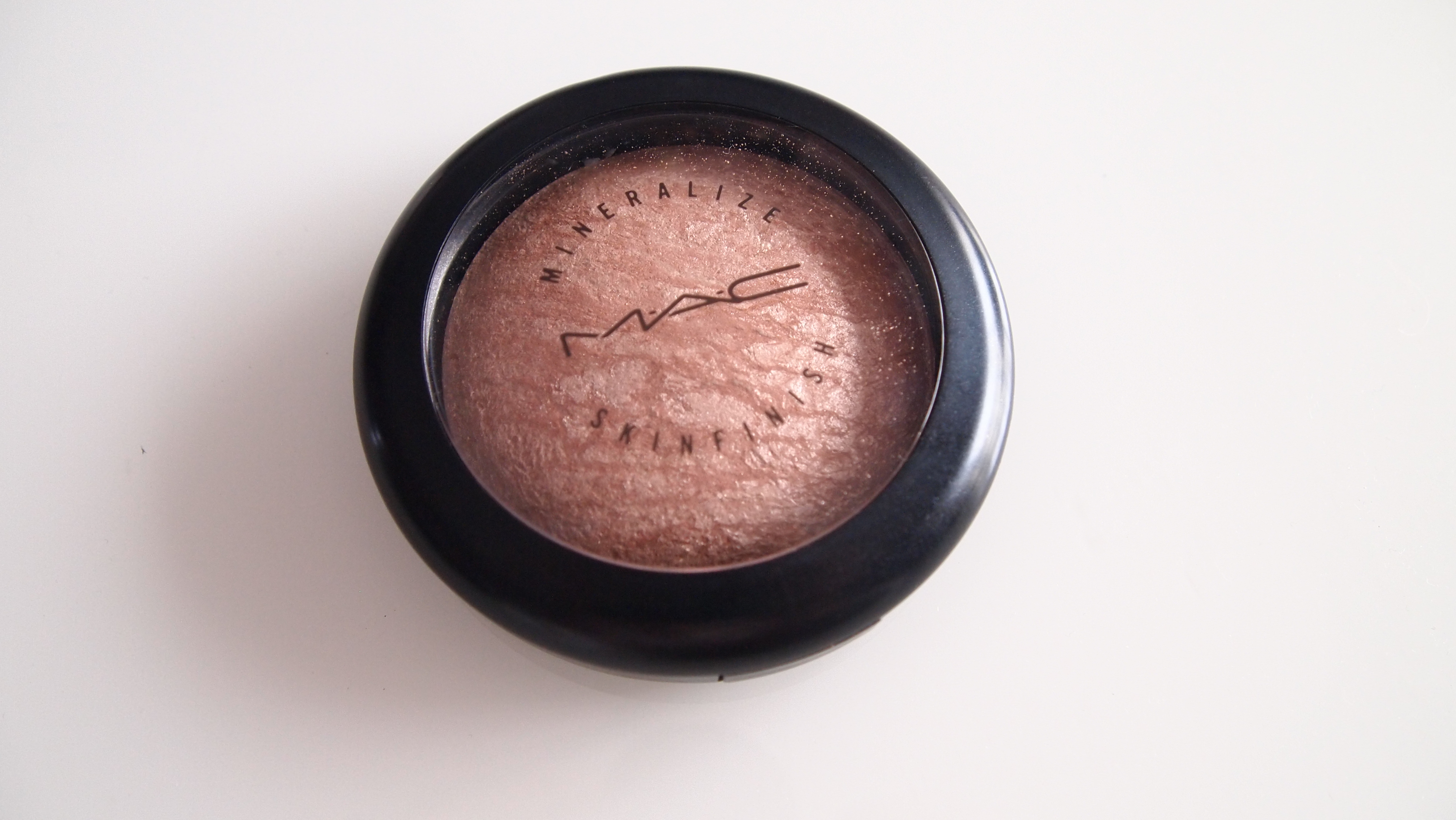 Iluminador En Polvo Mineralize Skinfinish Soft And Gentle Review Mimimimi