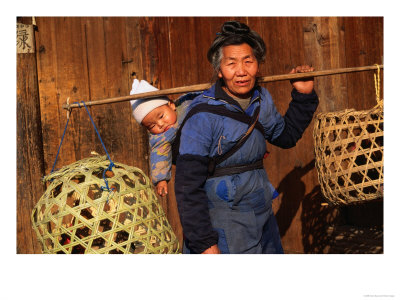 BN8989_17~Miao-Woman-with-a-Baby-and-Carrying-Chicken-Cages-Kaili-China-Posters