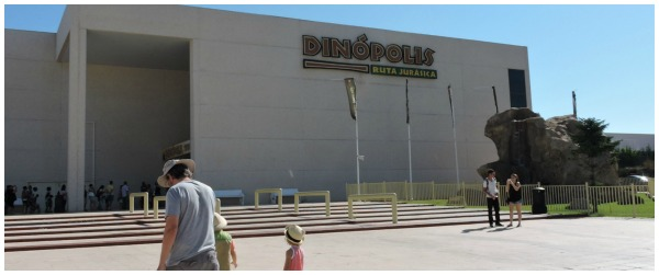 llegada a dinopolis