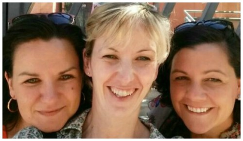 Tres blogueras maquinando, que peligro