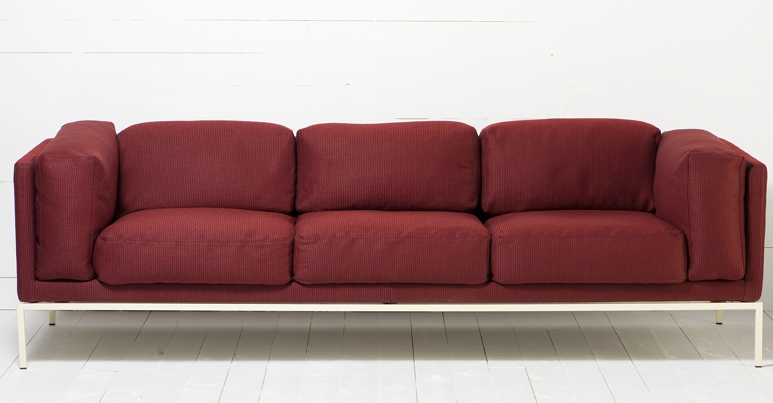 Colorful Sofas Designer 39s Color Of The Year 2015 Marsala Commercial