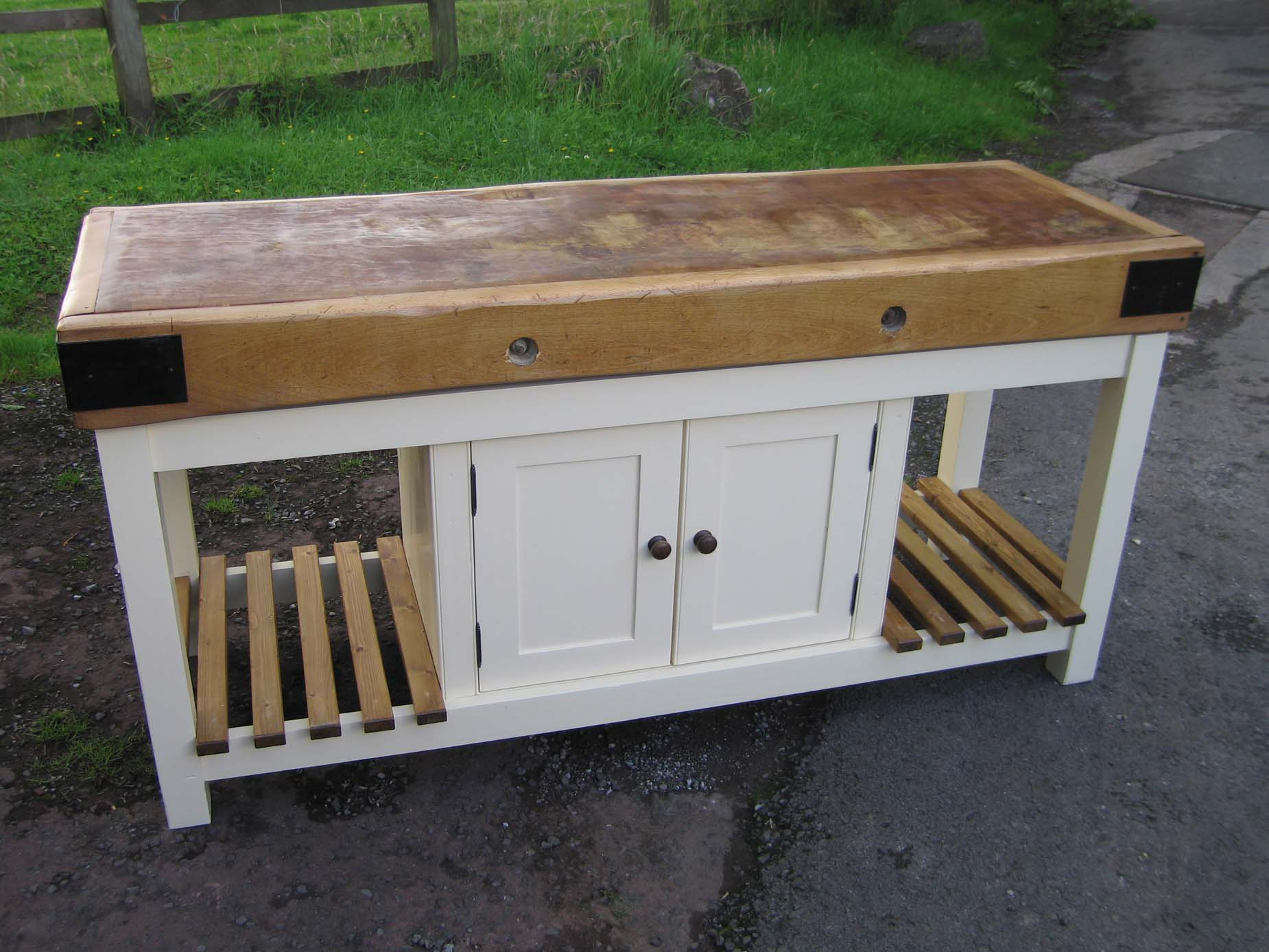 ministry pine antique pine furniture standing kitchens bespoke furniture handmade kitchen designs warwickshire uk