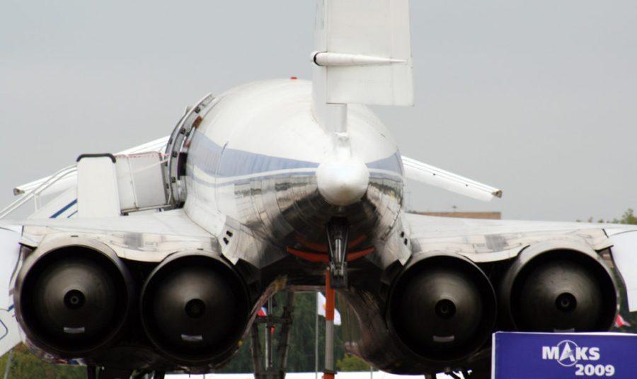 Los potentes motores del modelo ruso Túpolev Tu-144, vistos desde atrás. / Carlos Menéndez San Juan