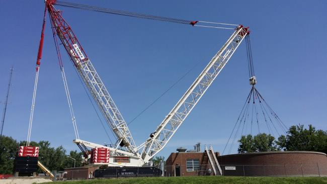 Sterett Crane  Rigging\u0027s Demag CC 2400-1 handles tight spaces