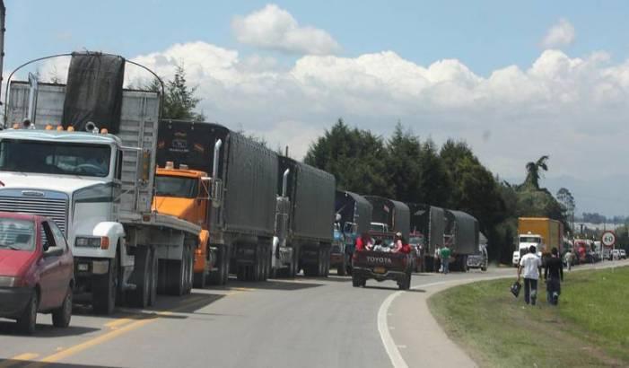 Continúa paro camionero en Huila, Caquetá y Putumayo