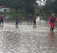 12 departamentos del país están en alerta roja por deslizamientos e inundaciones