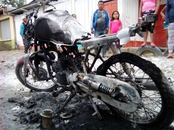 Por celos, hombre incinera moto de su ex-mujer en La Hormiga (P)