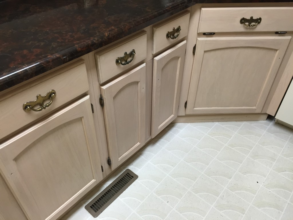 Problems With Pickled Kitchen Cabinets 9012137-08 Before And After | Mirawood Refinishing | Non