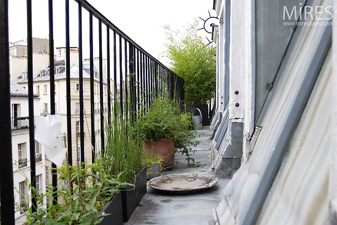 Amenagement Petit Garage Petit Balcon Parisien. C0136 | Mires Paris