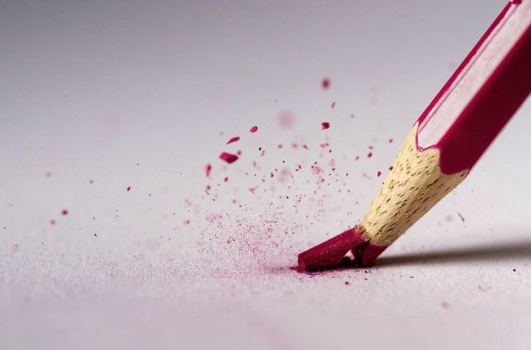 broken-pencils-red-1842137-1920x1200