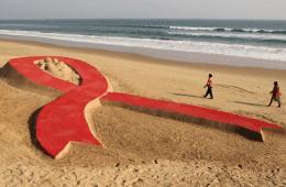 061213-global-Sand-Sculptures-of-Sudarshan-Pattnaik-world-aids-day