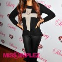Vanessa-Simmons-pastry-skate-&-donate-2012