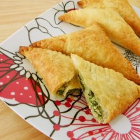 Spinach and ricotta triangles
