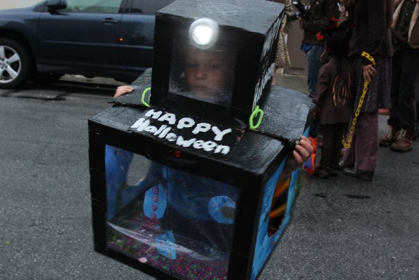 Calder, dressed as a fish tank shows his Halloween spirit. Photo by Alejandro B. Rosas