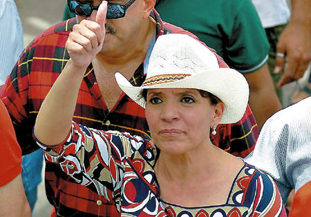 Xiomara Castro de Zelaya, the wife of ousted President Manuel Zelaya, has been nominated as a 2013 Presidential candidate. Photo from El Libertador.