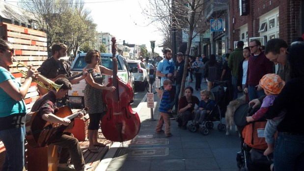 The Street Stage drew a large crowd on a sunny day in the Mission.