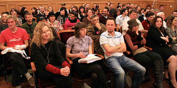 Mission residents at a Planning Commission hearing in February 2009, when the potential opening of the chain clothing store American Apparel was being considered.