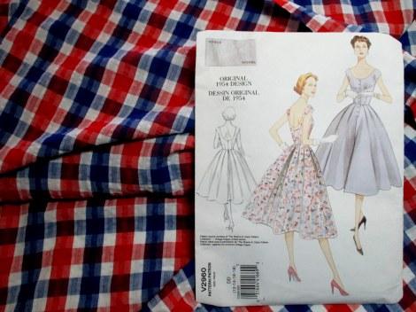 Patriotic seersucker for Vintage Vogue 2960