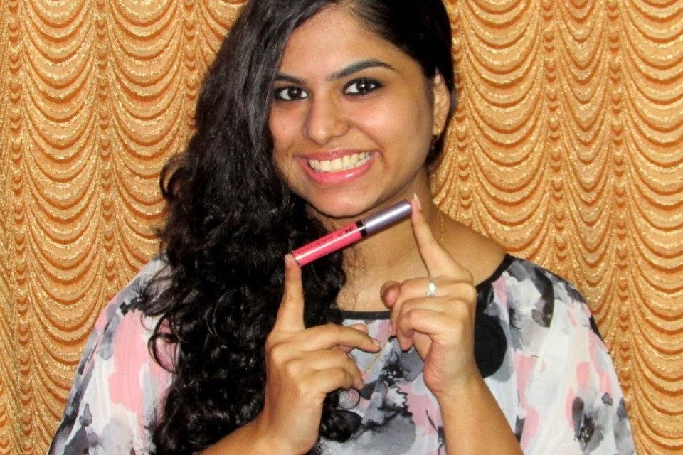 Oriflame The One Colour Unlimited Lip Gloss- True Blush Review.