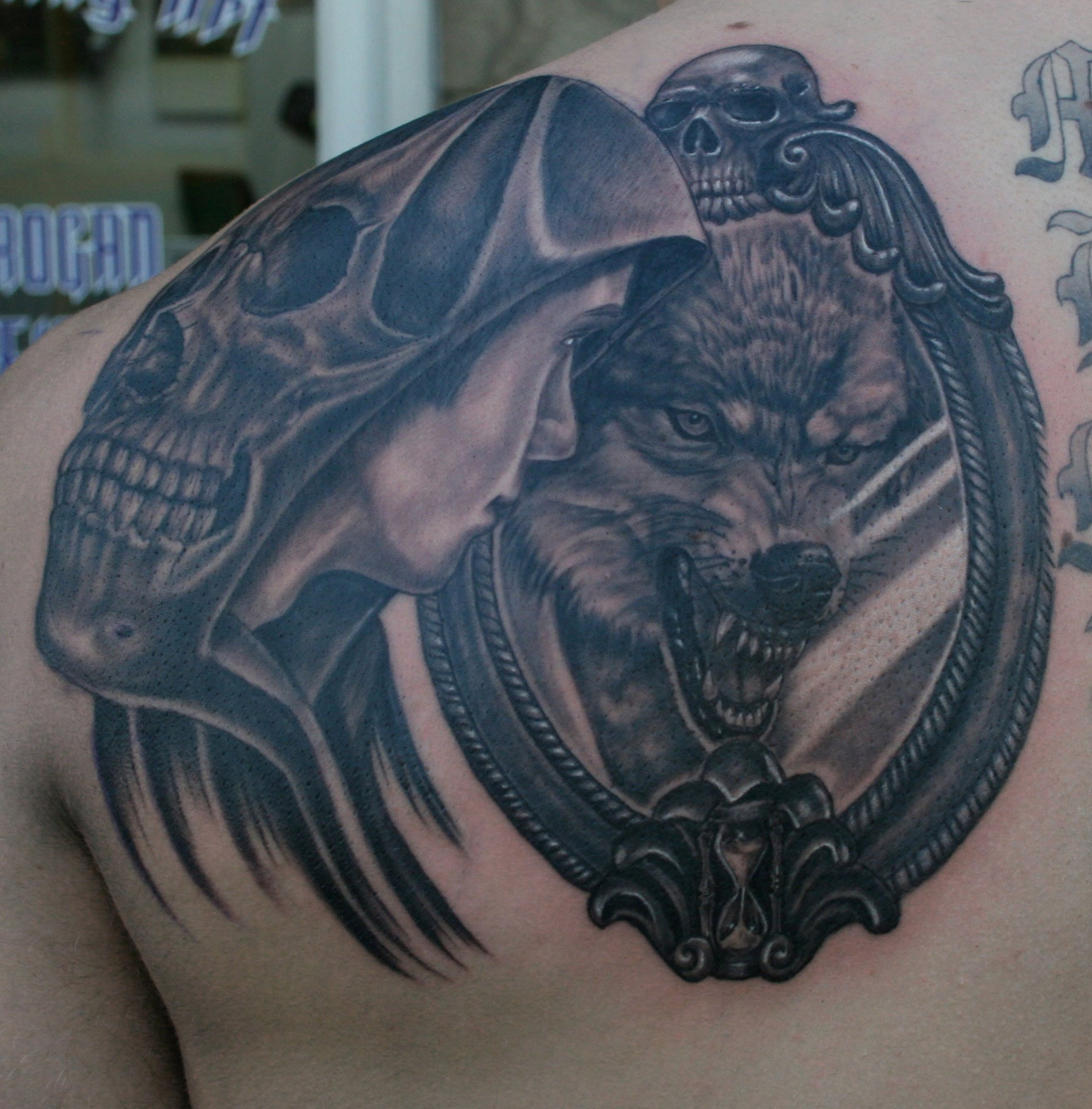 Spiegel Tattoo 1000 43 Images About Wolves On Pinterest Tribal Wolf