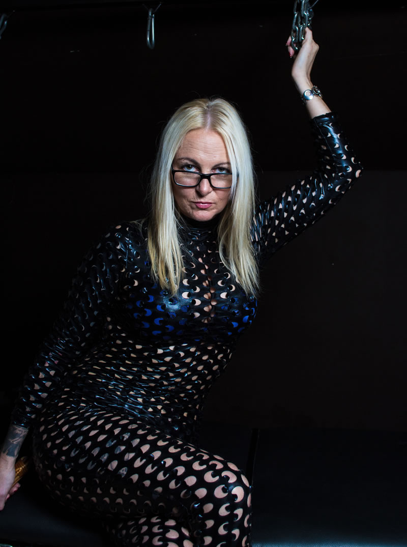 Elite Design Web Bristol Mistress Meena Bdsm Discipline In Bristol