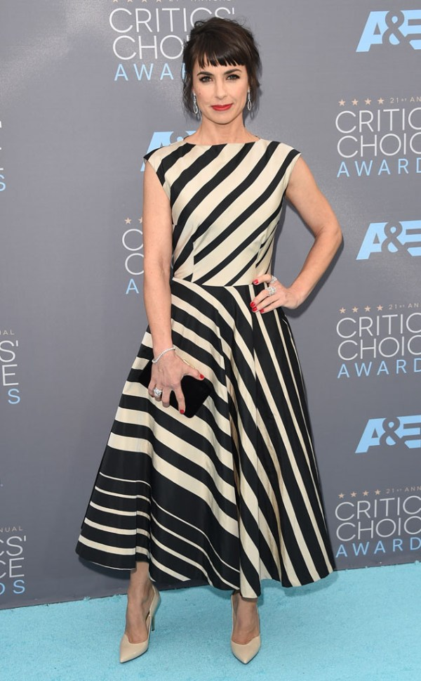 Cricit's Choice Awards 2016 Look constance zimmer