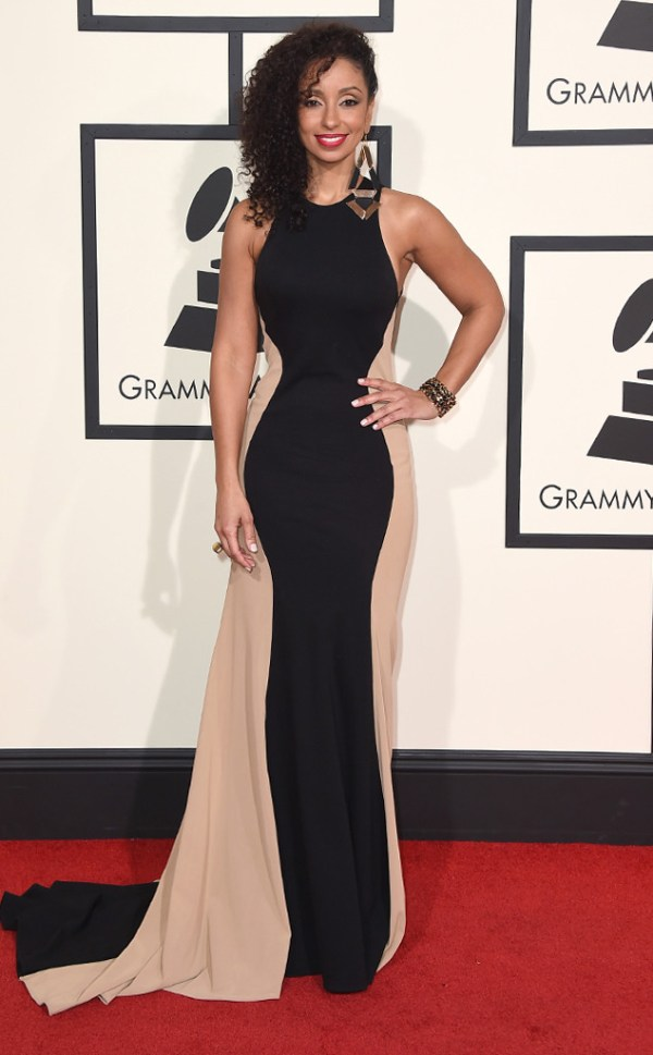 look mya-grammy-awards-2016