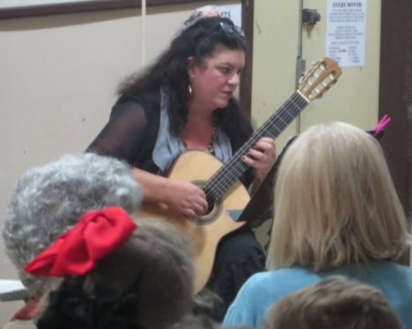Naomi Millett, classical guitar
