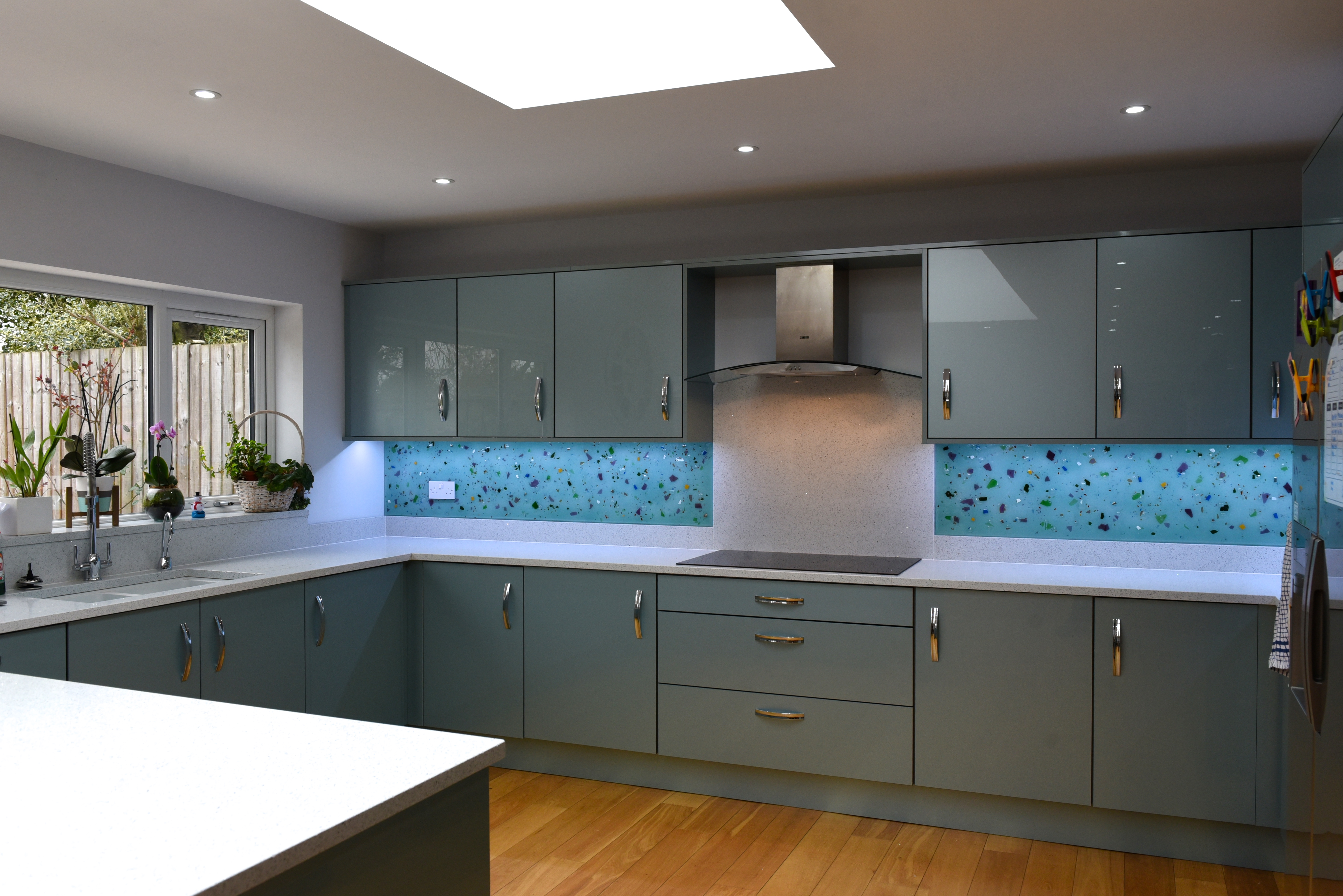 Kitchen Cupboard Painters Leicestershire Glass For Stoke Golding The House Of Ugly Fish Bespoke Splashbacks