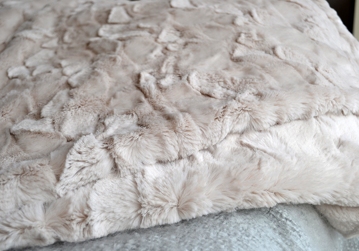 Faux Fur Throws Throws Blankets Natural Bed Company