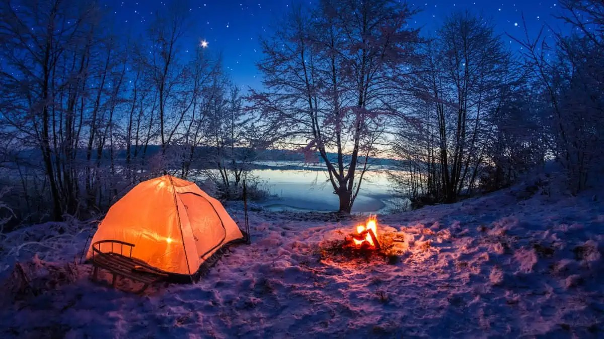 4 Camping 7 Tips For Hiking And Camping In The Snow The Adventure Junkies