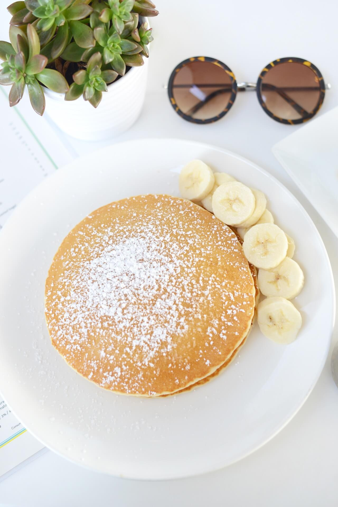 banana pancakes at bistro 65 omni la costa