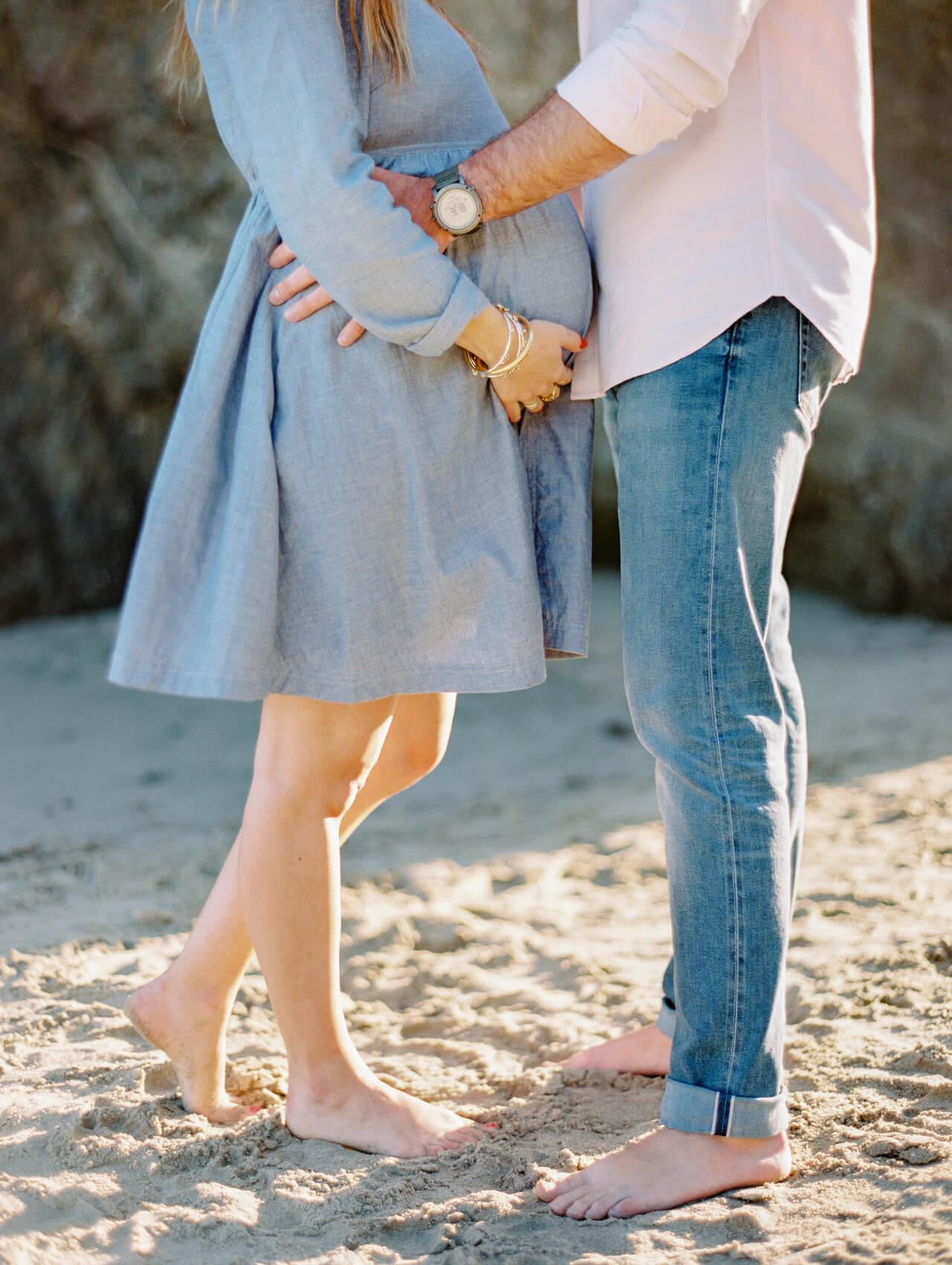 pregnancy shoot at the beach