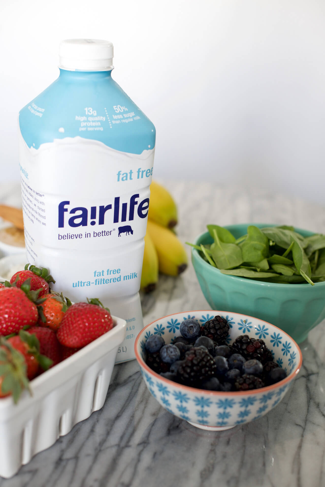 adding fairlife milk to smoothie