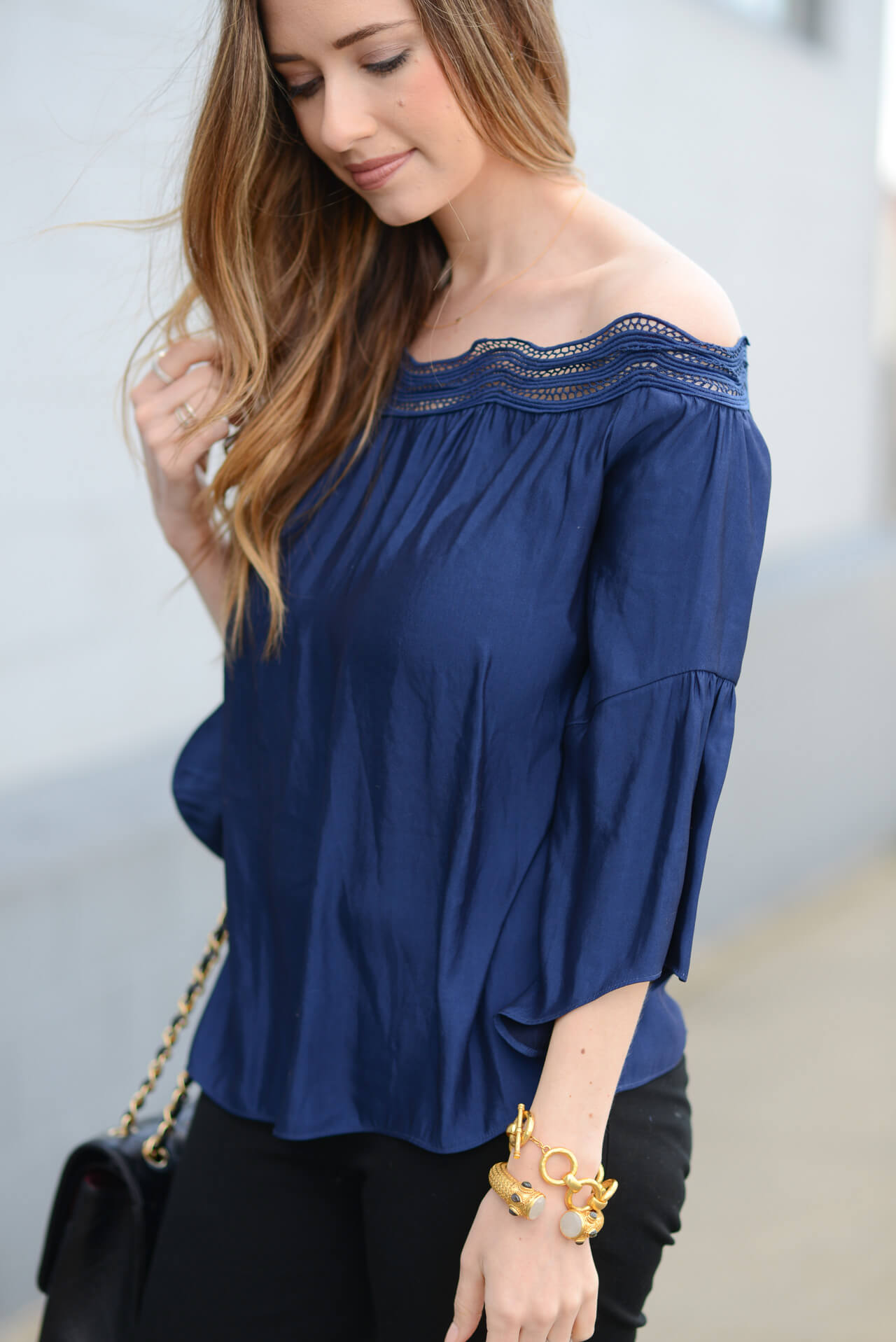 love the neckline on this pretty off the shoulder top