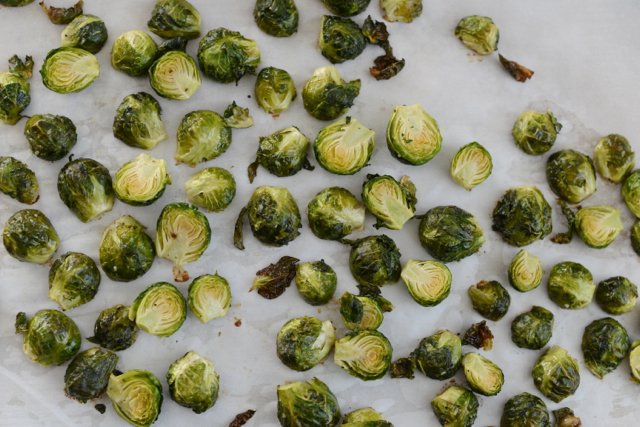 the best roasted brussels sprouts via M Loves M @marmar
