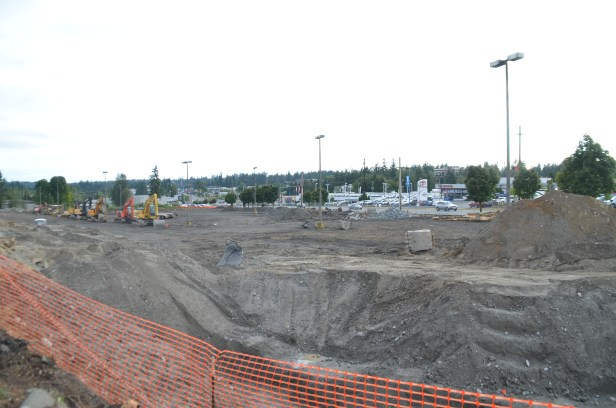 The lot where CarMax will be built has been cleared. (Photos by Natalie Covate)