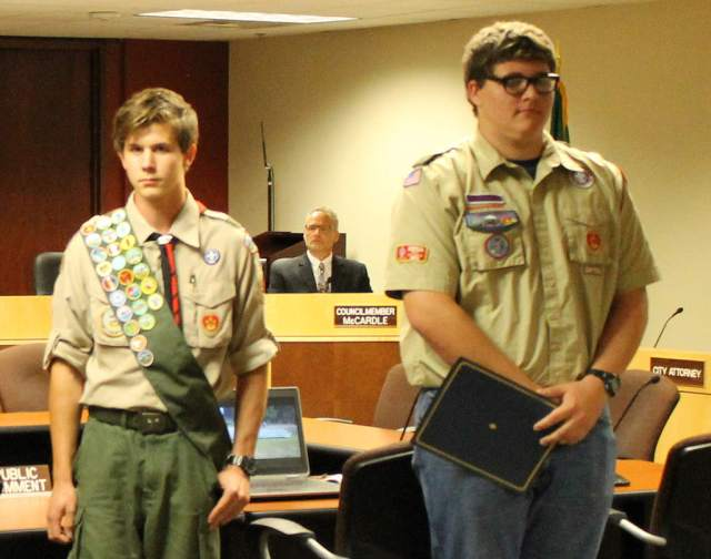From left, Dustyn Stelter of Snohomish and Regan Tedrow of Lynnwood are honored at the Sept. 19 Mountlake Terrace City Council meeting