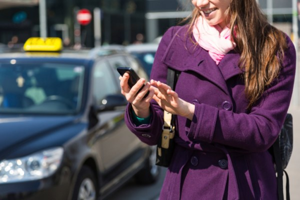 Campanha de mobile marketing, utilizando NFC, colocada em 5000 taxis nos EUA