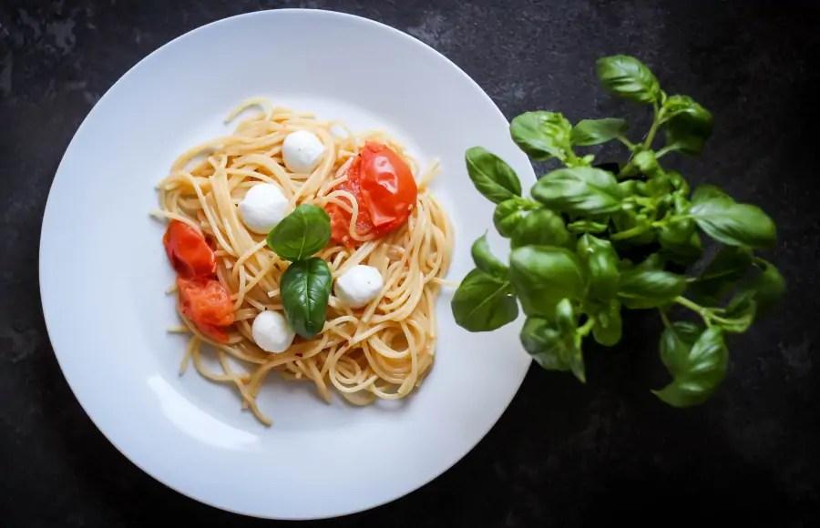 Spaghetti - danie jednogarnkowe w mniej niż 20 min.
