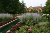 paine-gardens-123-water-feature-mansion-in-background ...