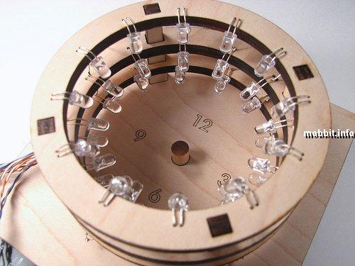 """Солнечные"""" часы с LED-лампочками вместо солнца (8 фото) """" GlooQ's Blog"""