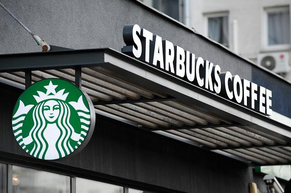 Starbucks Manager Who Called Police on Black Real Estate Agents \u0027No - starbucks store manager
