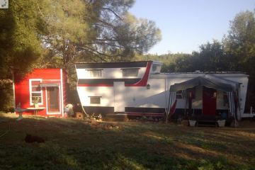 1954 Pacemaker Trii-level Mobile Home Remodel - after paint