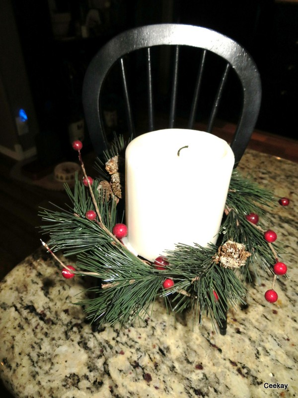 Manufactured Home Holiday Decor Ideas -Living room decorated for Christmas - Candle with wreath