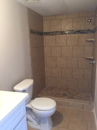 1998 single wide manufactured home gets remodel for Trailer bathroom ideas